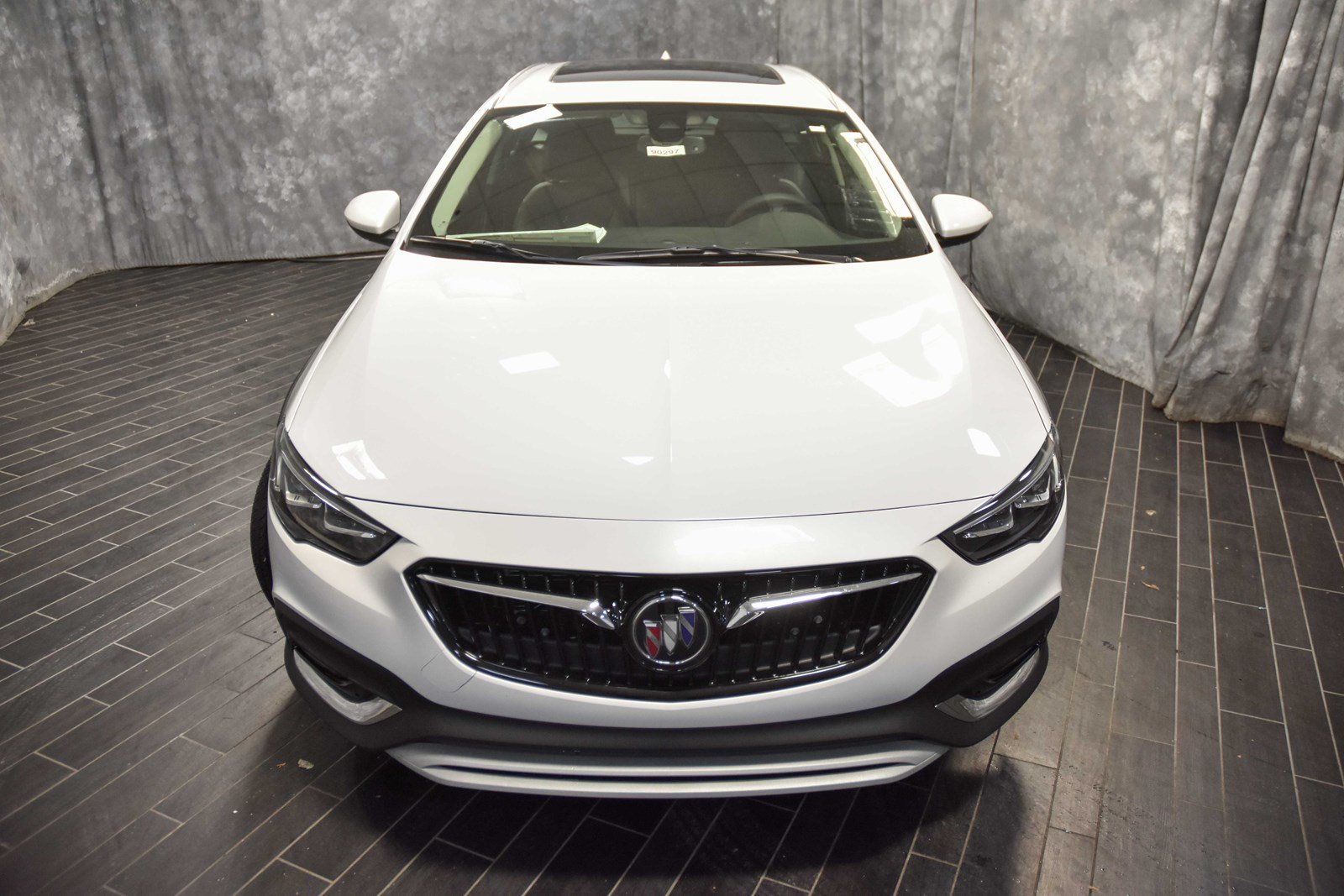 New 2019 Buick Regal Tourx Essence Station Wagon In North Riverside